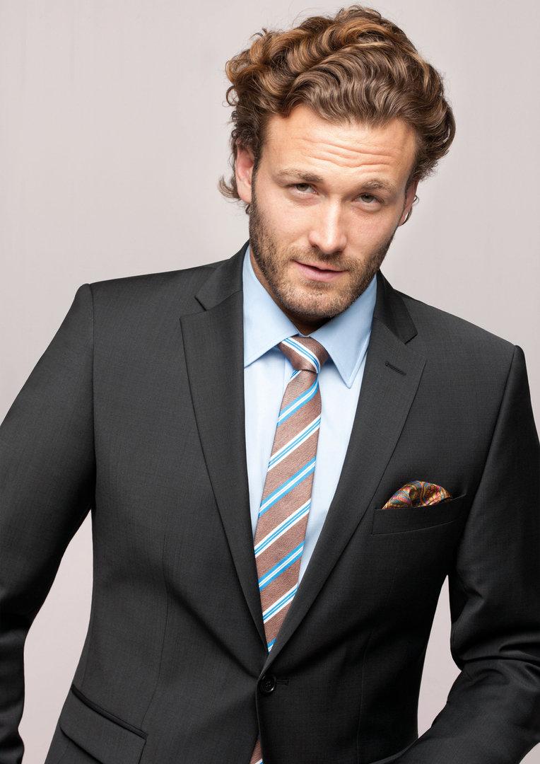 83becbc46829 CG - Club of Gents Baukasten Anzug schlanke Passform Farbe Anthrazit